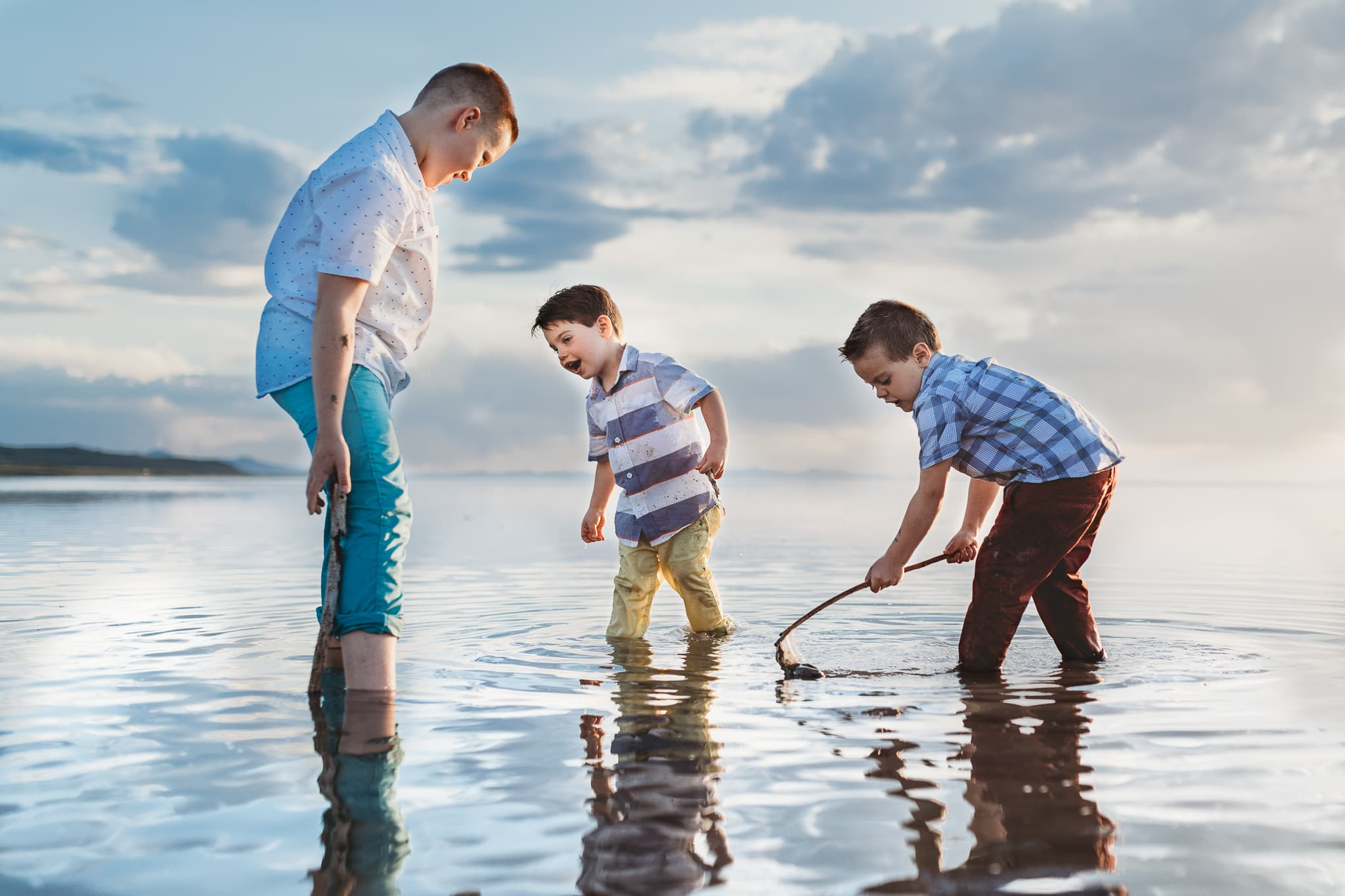 San Diego Family Photography, Andora Photography, three brothers playing in the water together